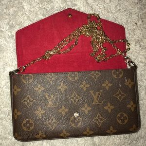 Louis Vuitton Shoulder Handbag with Golden Chain